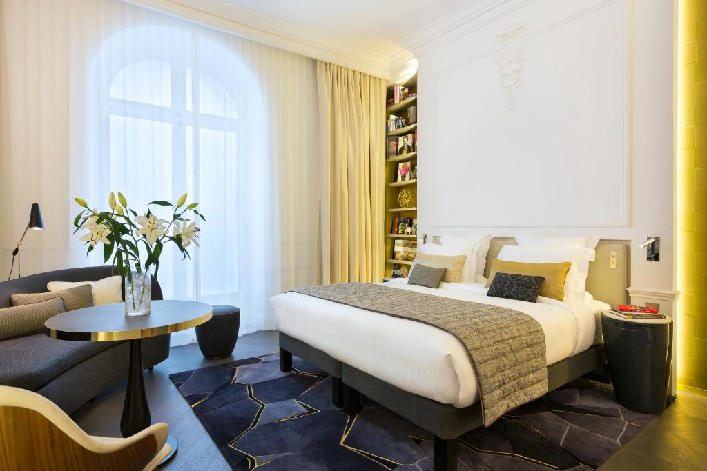 Hotel La Clef Champs Elysees Paris By The France Booking Com