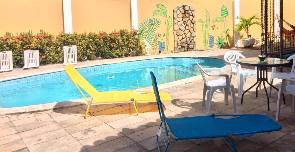 Het zwembad bij of vlak bij Brazuka Hostel & Pousada