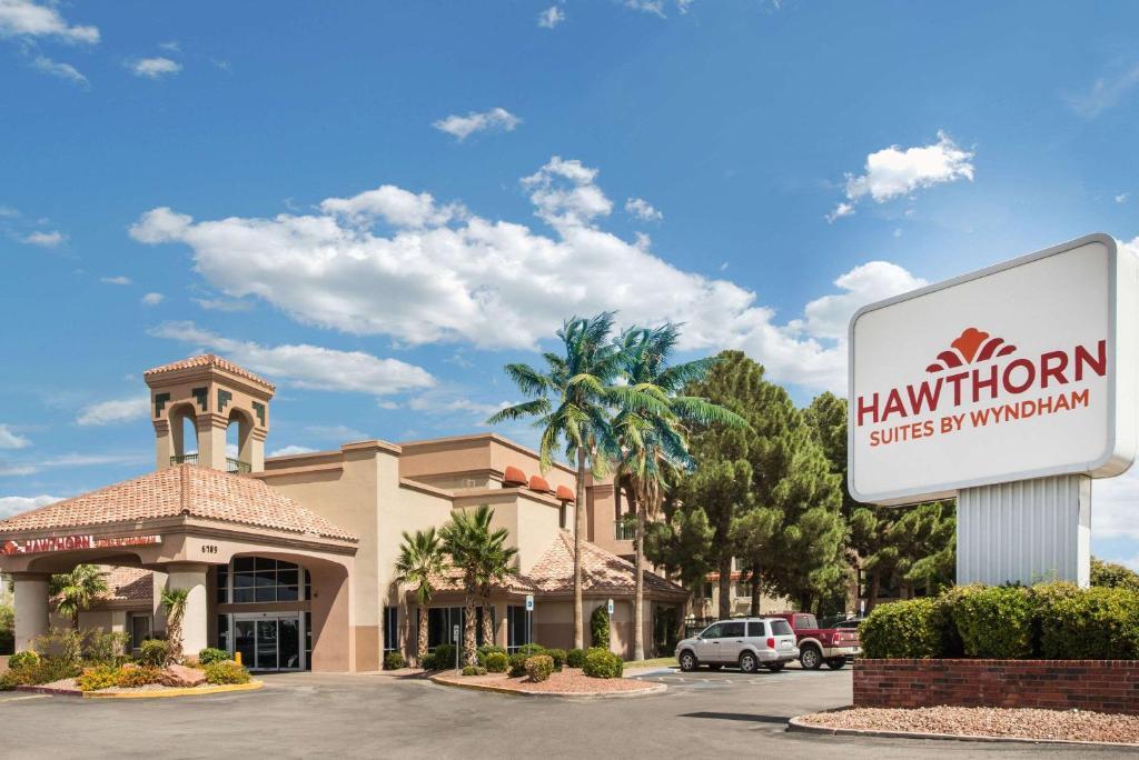 Hawthorn Suites by Wyndham El Paso.