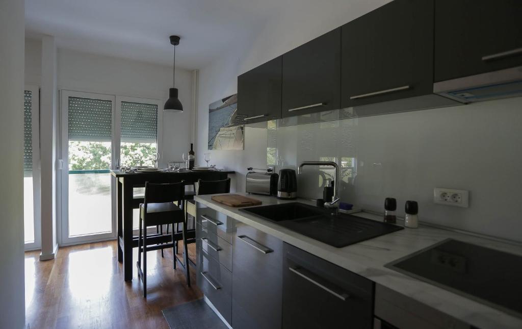 A kitchen or kitchenette at Carpe Diem