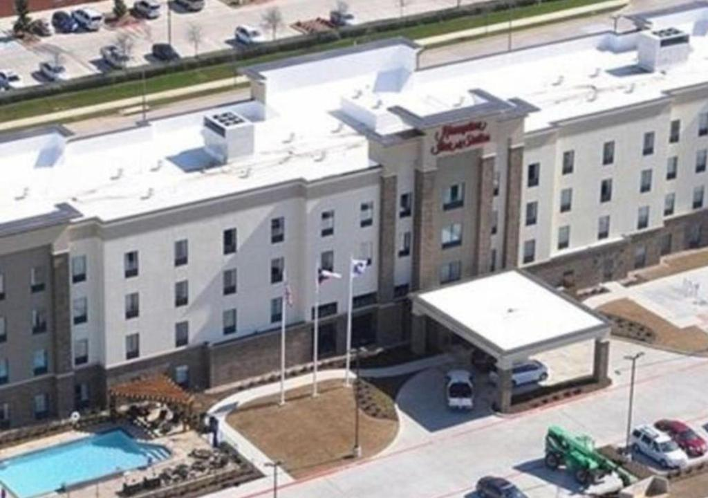 Dallas Airport Hotels >> Hotel Hampton Dfw Airport South Euless Tx Booking Com