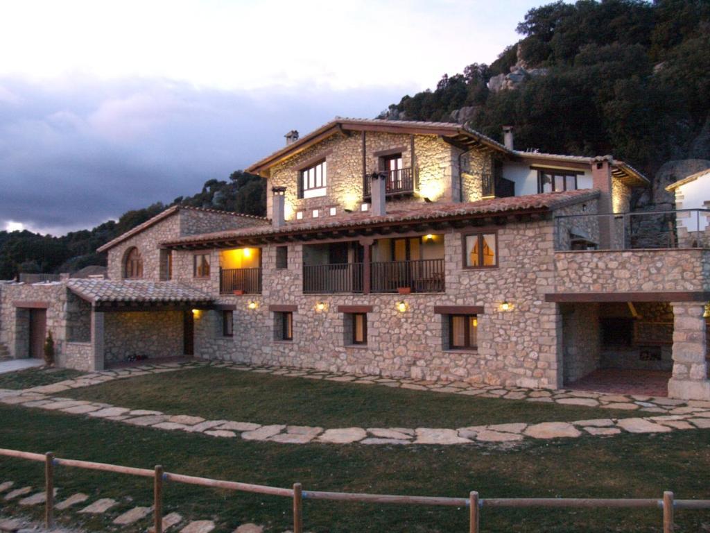 Casa de campo Font Den Torres (España Morella) - Booking.com
