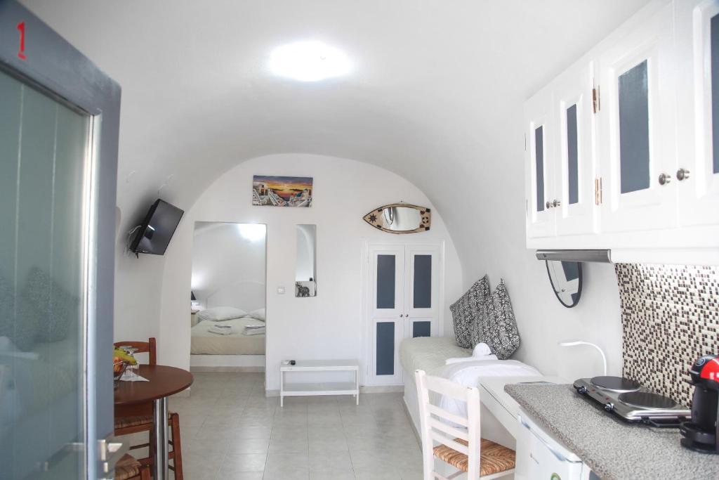 157127338 - Onde se hospedar em Santorini: Onde ficar e dicas de hotéis - santorini, ilhas-gregas, grecia