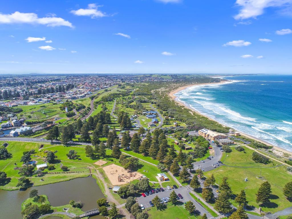 Surfside Holiday Park Warrnambool, Australia - Booking.com