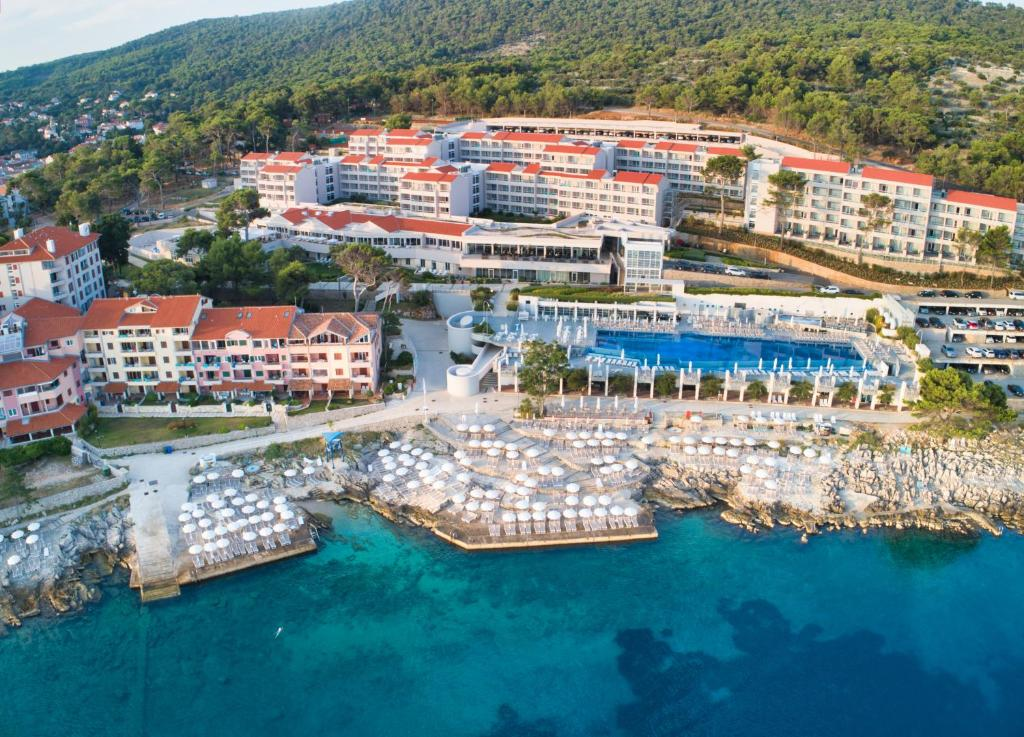 A bird's-eye view of Vitality Hotel Punta