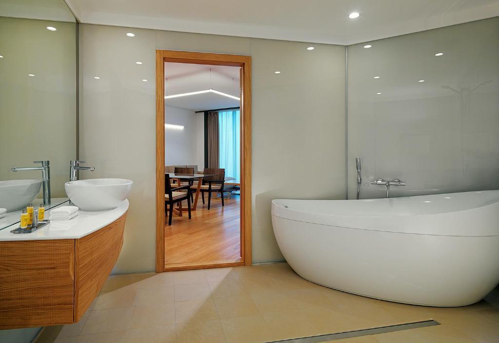 Ванная комната в Voronezh Marriott