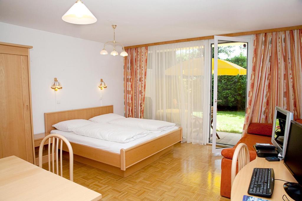 Ein Bett oder Betten in einem Zimmer der Unterkunft app-anna