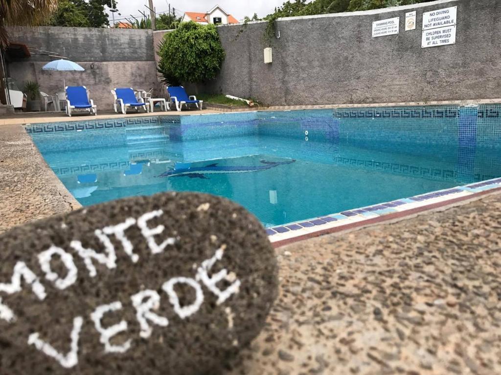 A piscina em ou perto de Monte Verde
