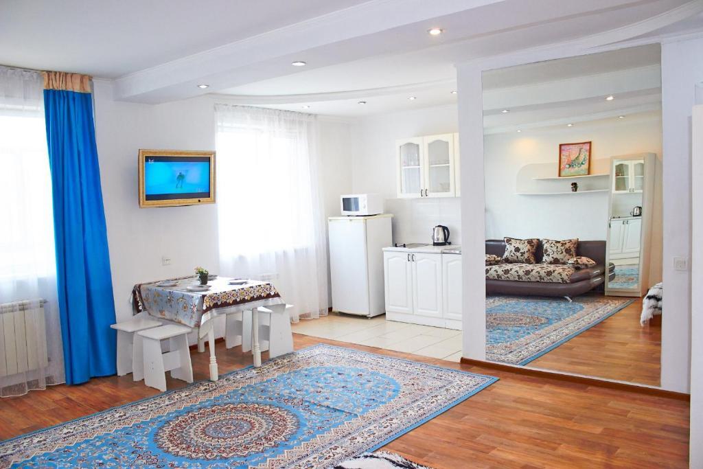 Гостиная зона в Apartment on Krivenko 81