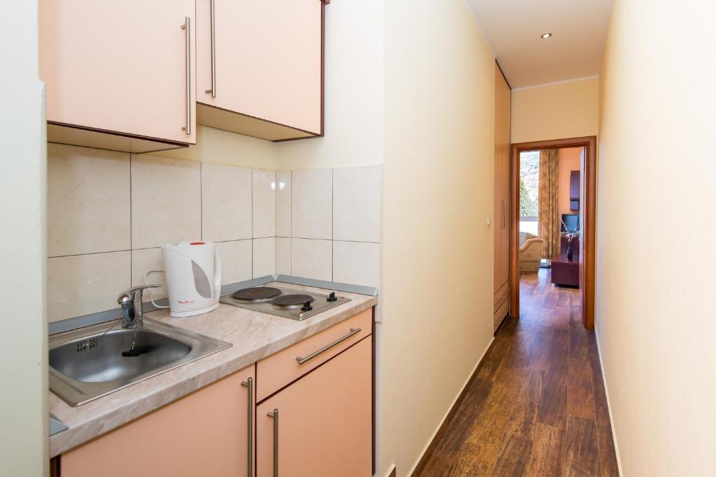 Katarina Apartments