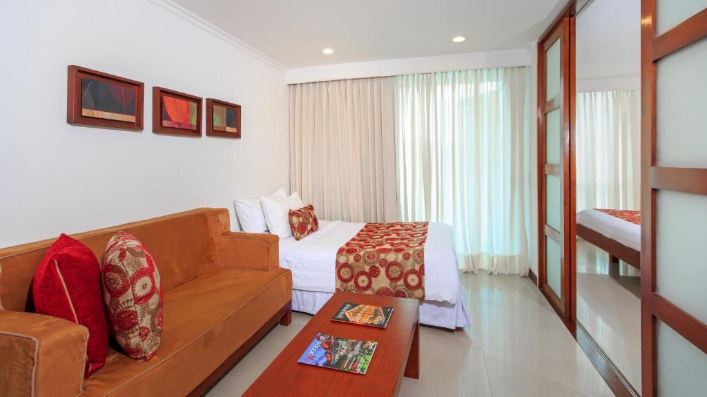 Zona de estar de The Morgana Poblado Suites Hotel