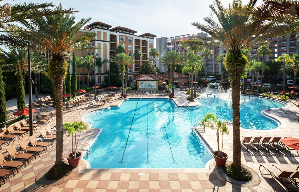A view of the pool at Floridays Resort Orlando or nearby