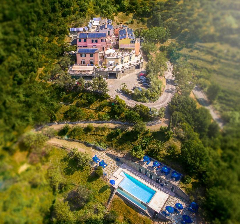 A bird's-eye view of Hotel Al Terra Di Mare
