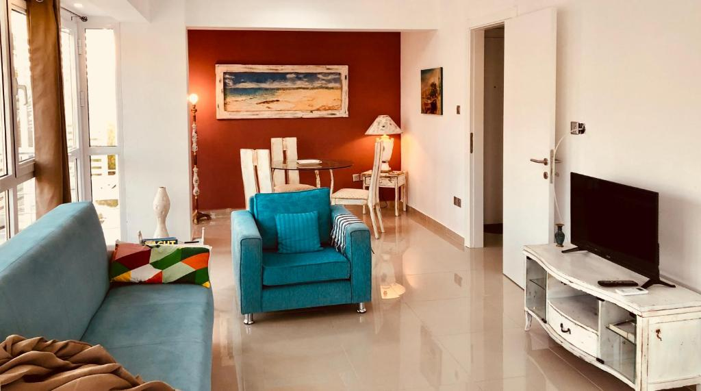 A seating area at ARTY HOME Kyrenia