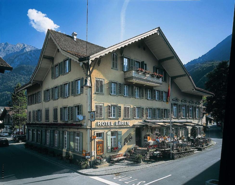 Baeren Hotel, The Bear Inn during the winter