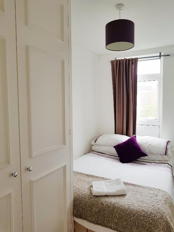 London Docklands Apartment, London - Updated 2020 Prices