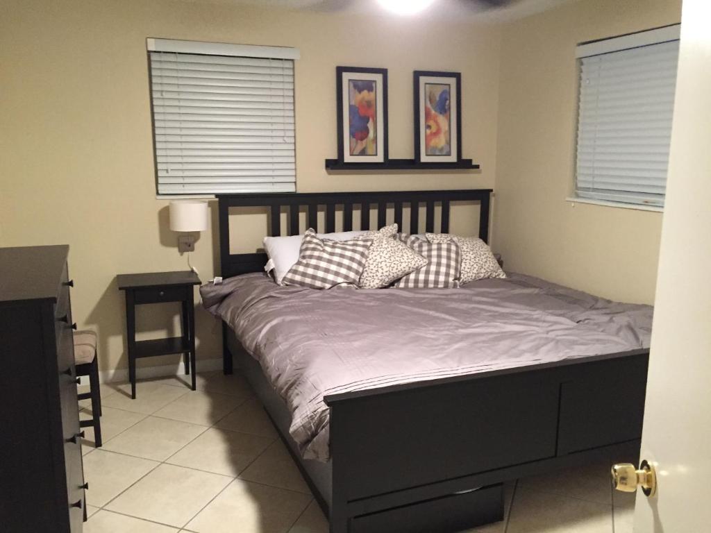 Apartment Modern 2/1 Apt near Midtown and Beaches, Miami, FL ...