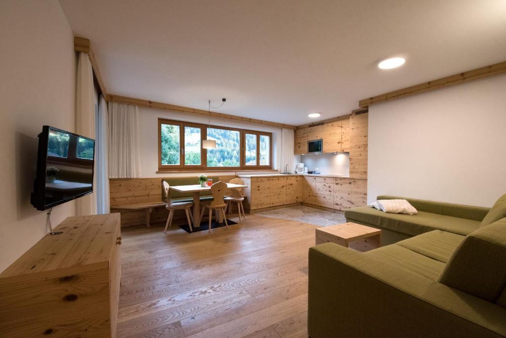 Apartments Christa 2, Ortisei – Prezzi aggiornati per il 2019