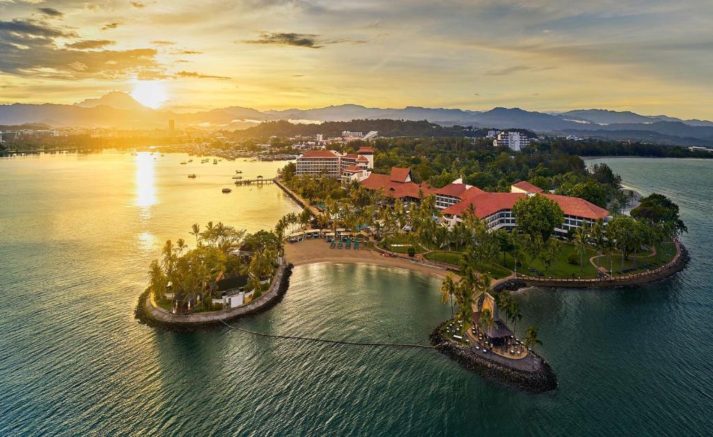 A bird's-eye view of Shangri-La's Tanjung Aru Resort & Spa