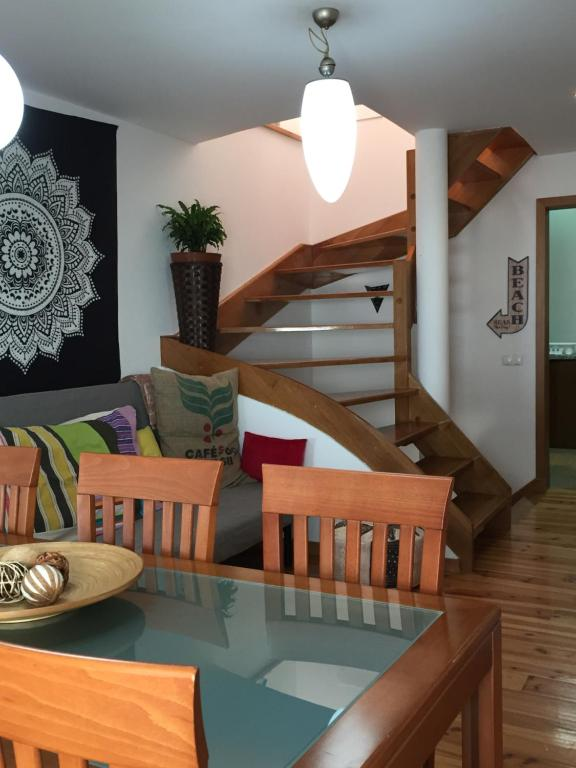 Uma área de estar em Bohemia House Aveiro Center