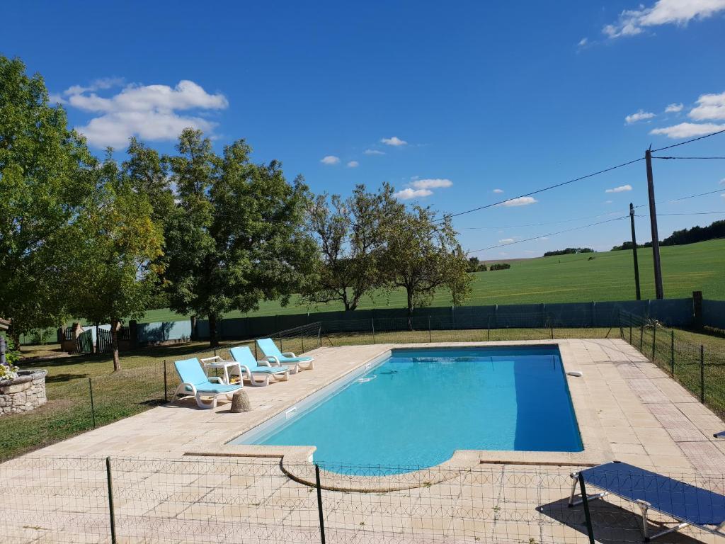 The swimming pool at or near Tranugaude