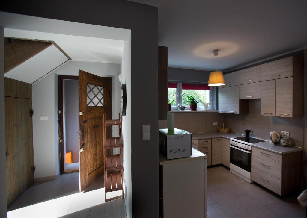 Kuchnia lub aneks kuchenny w obiekcie Easy Rider Hostel