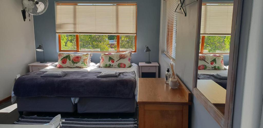 A bed or beds in a room at Cobie Apartment