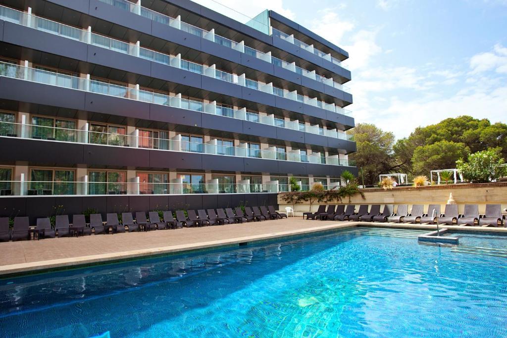 Het zwembad bij of vlak bij Hotel Ipanema Beach