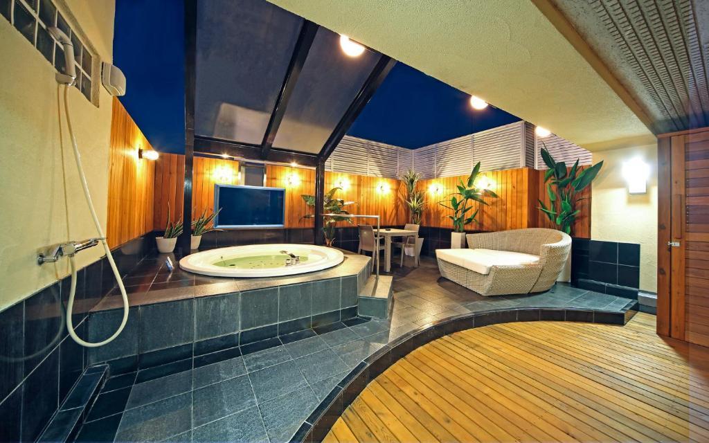 A bathroom at Hotel Fairy Yokohama (Adult Only)