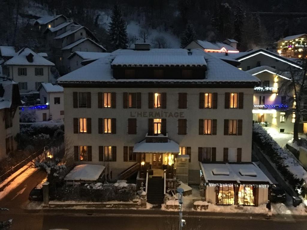 L'établissement L'Hermitage en hiver
