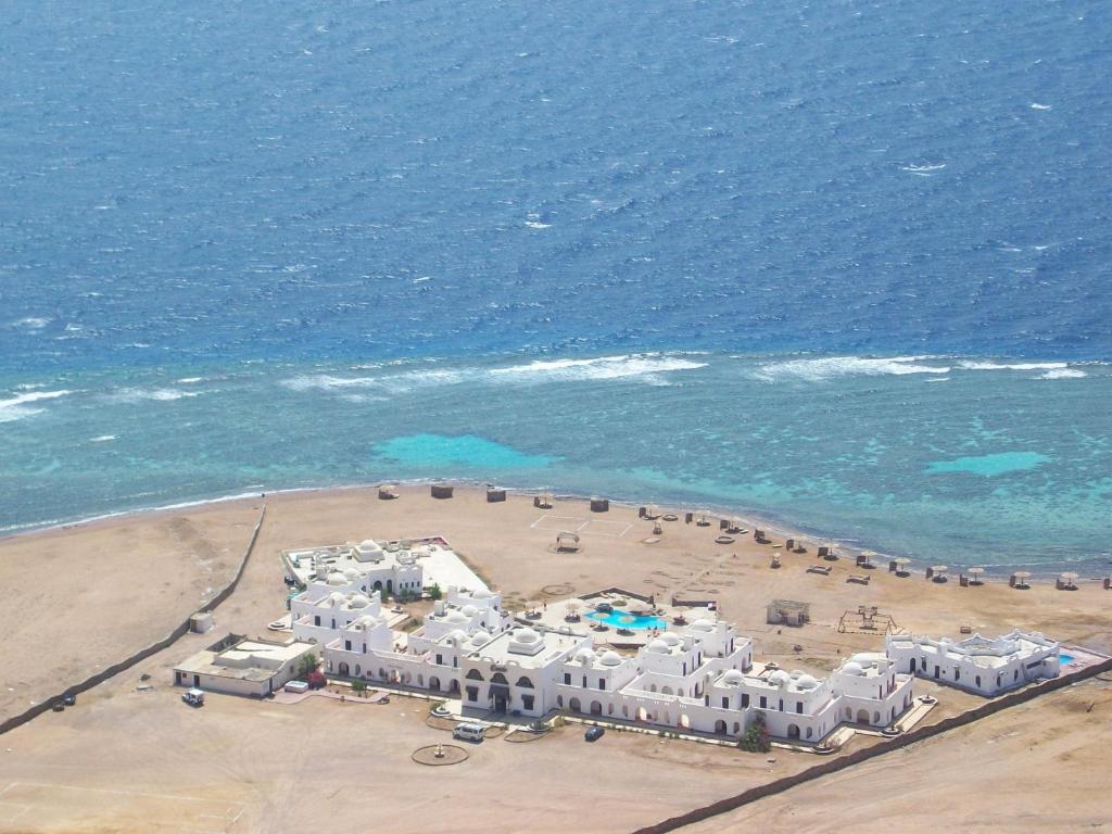 מבט מלמעלה על Daniela Diving Resort Dahab