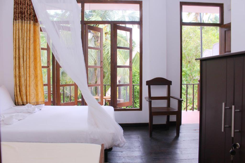 wood palace mirissa, Mirissa – Updated 2019 Prices