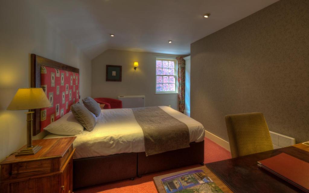 Dog & Partridge Hotel by Good Night Inns