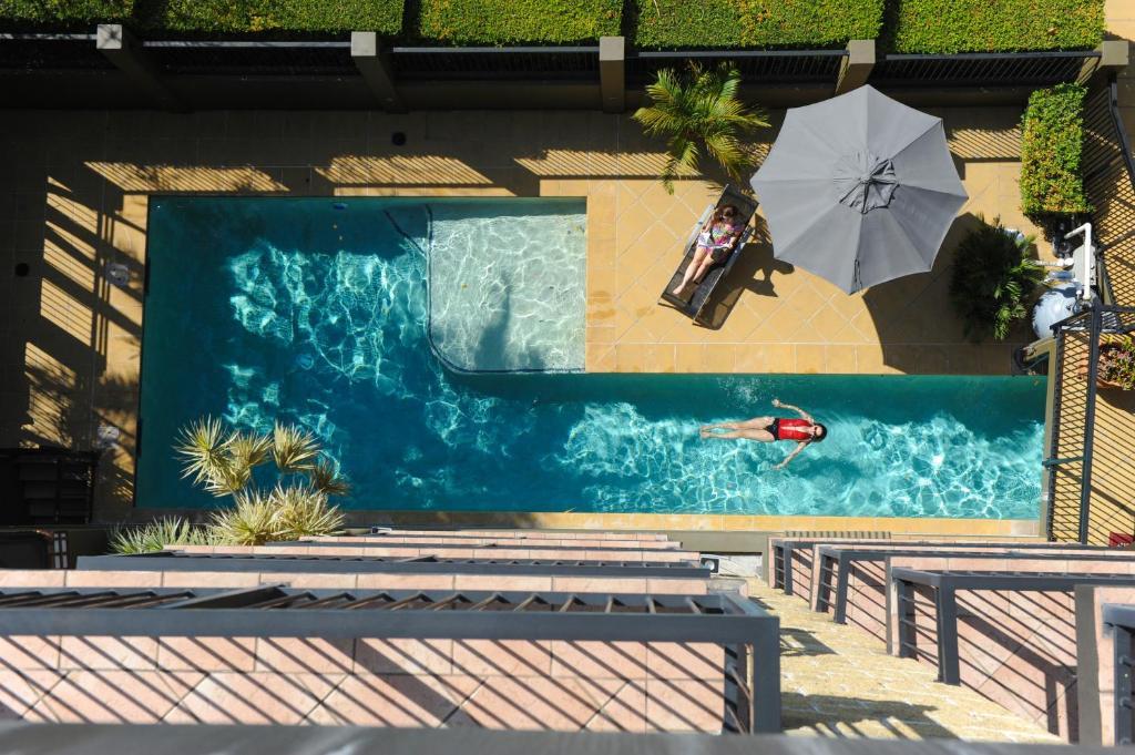 Il Mondo Boutique Hotel tesisinde veya buraya yakın yüzme havuzu