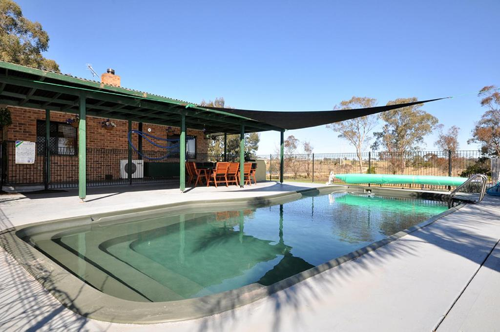The swimming pool at or near Talga Escape Rothbury with pool and views