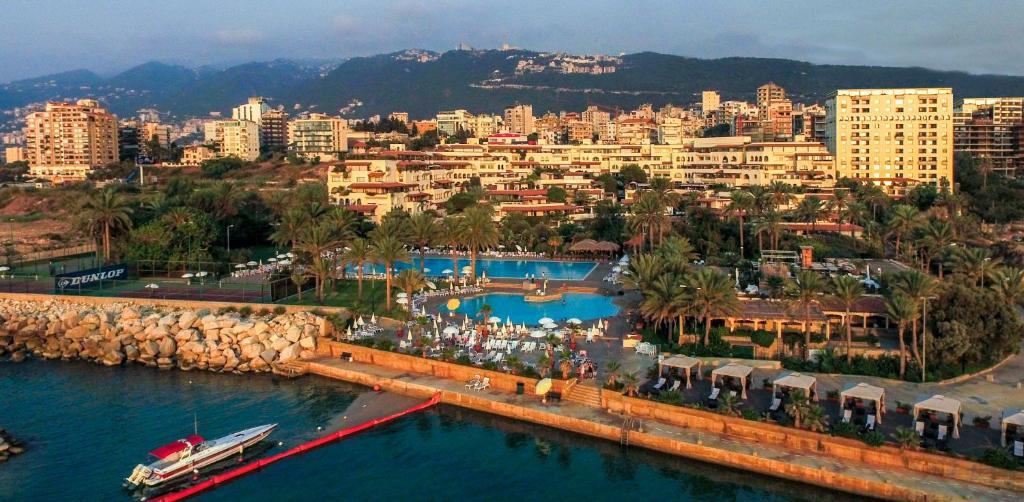 A bird's-eye view of Portemilio Hotel & Resort
