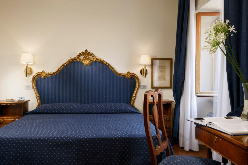 Hotel La Grotta in San Marino - Book on tonyshirley.co.uk