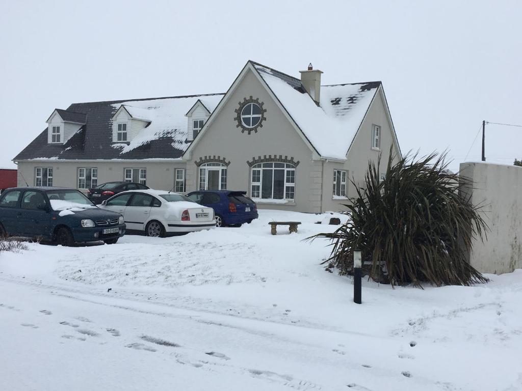 Mountscott Manor | Milltown Malbay - Hogans Irish Cottages