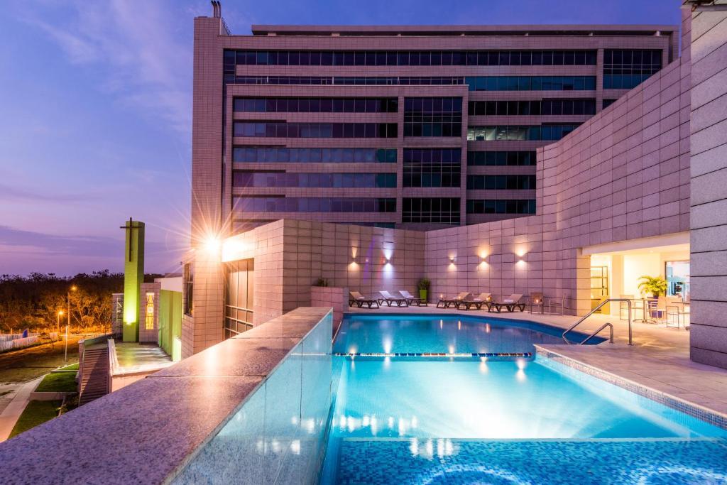 Hilton Garden Inn Barranquilla, Colombia - Booking.com