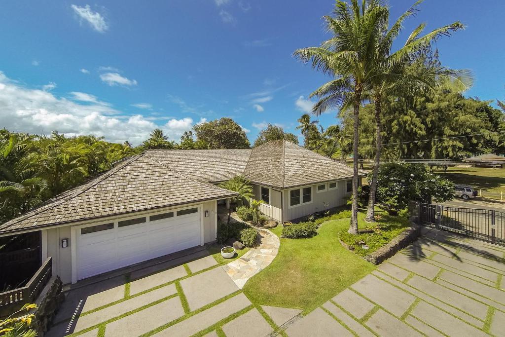 Vacation Home Kailua Beach House Hi Booking Com