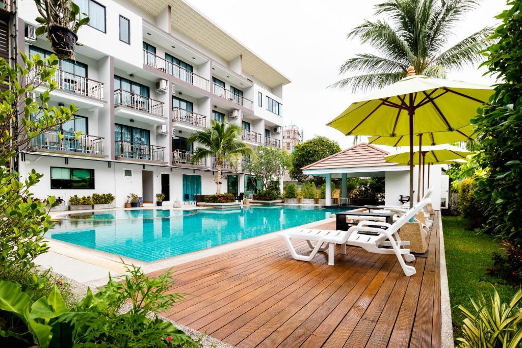 The swimming pool at or near Di Pantai Boutique Beach Resort