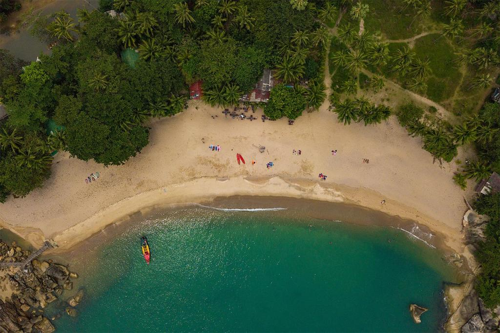 Et luftfoto af Mai Pen Rai Bungalows