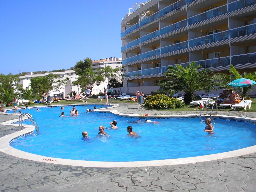 Apartment Ibersol Siesta Dorada, Salou, Spain - Booking.com