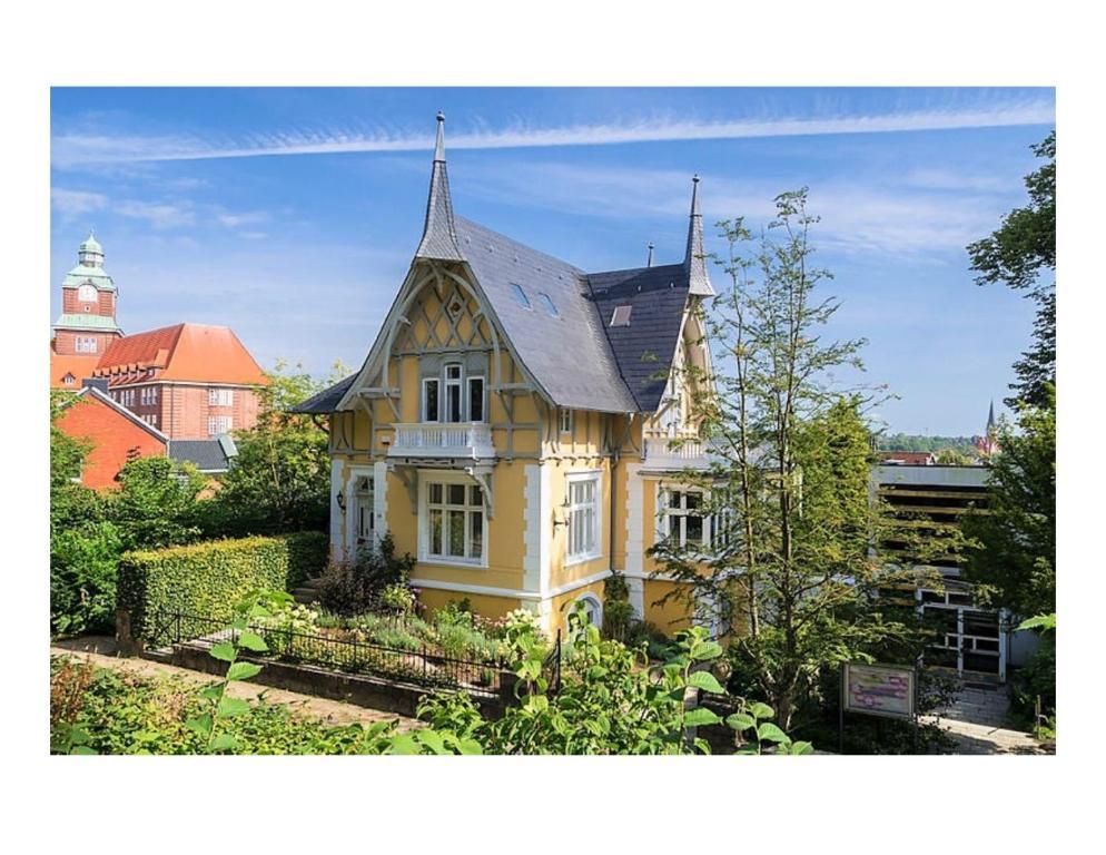 Golden Villa On The Museumsberg Flensborg Opdaterede Priser For
