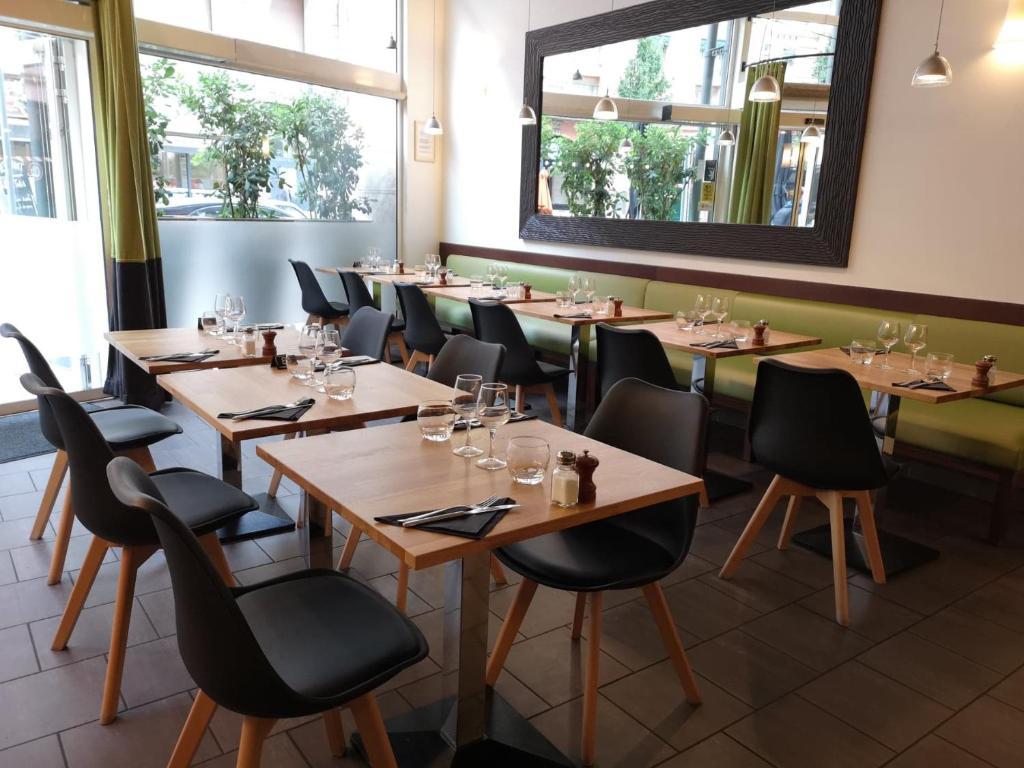 Design D Espace Toulouse hotel ibis toulouse gare matabiau, france - booking