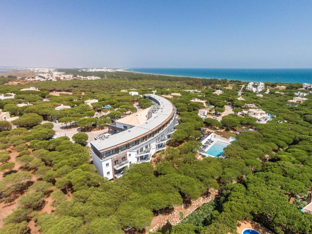 Vue panoramique sur l'établissement Praia Verde Boutique Hotel