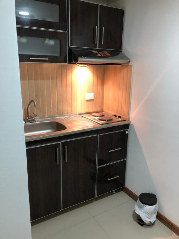 A kitchen or kitchenette at Apt nororiente 203