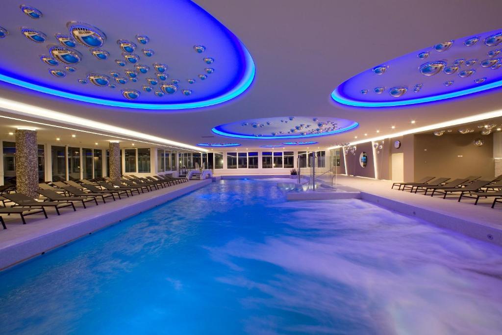 Hotel Terme Venezia Abano Terme Italy Booking Com
