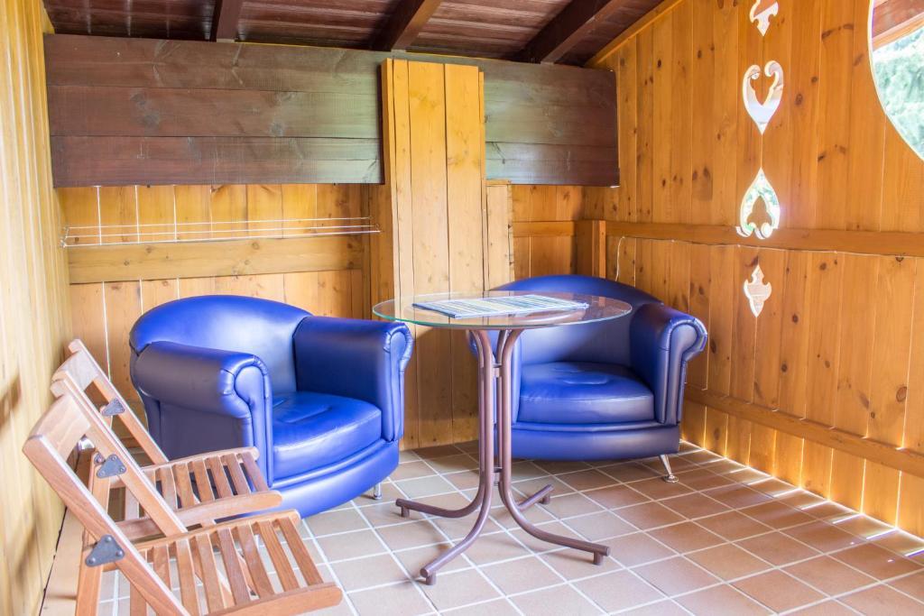Гостиная зона в Отель Рай-Ski-Домик