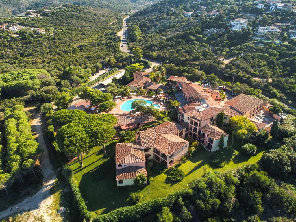 A bird's-eye view of Hotel Le Ginestre